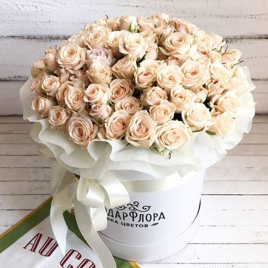 Средний цилиндр из 25 кустовых роз: букеты цветов на заказ Flowwow
