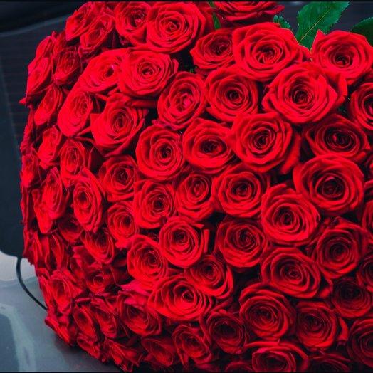 101 роза Россия: букеты цветов на заказ Flowwow