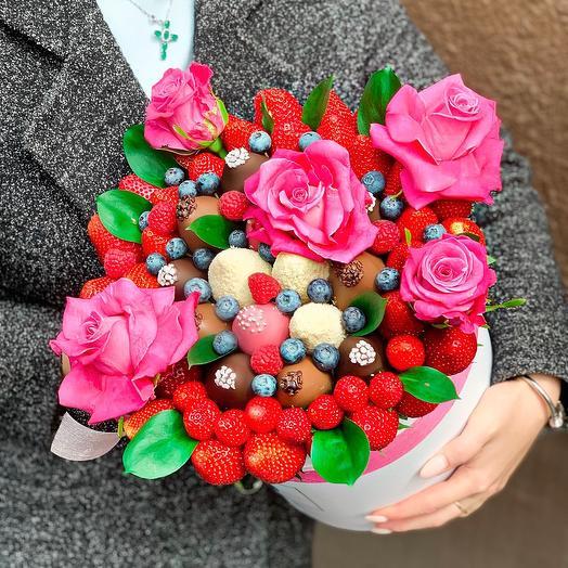 Коробочка «Любовь»: букеты цветов на заказ Flowwow