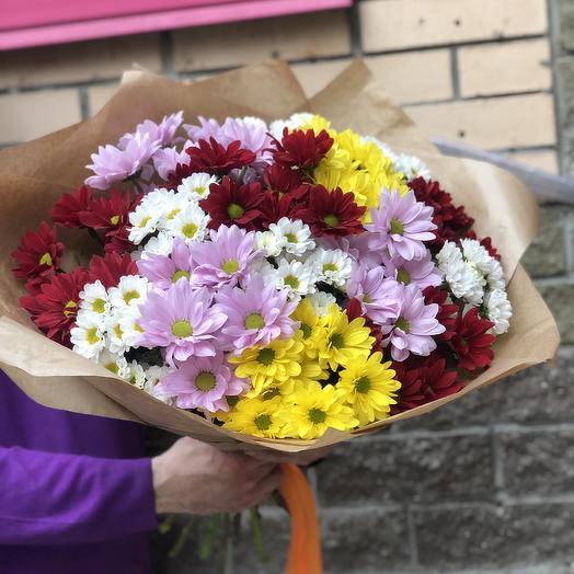 15 хризантем микс в крафте: букеты цветов на заказ Flowwow