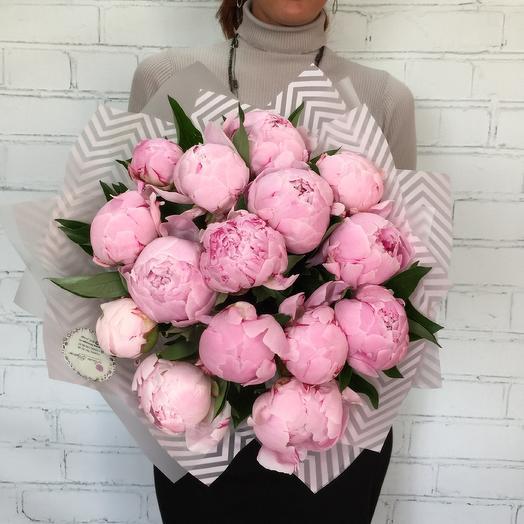 Букет из 15 отборных пиона: букеты цветов на заказ Flowwow