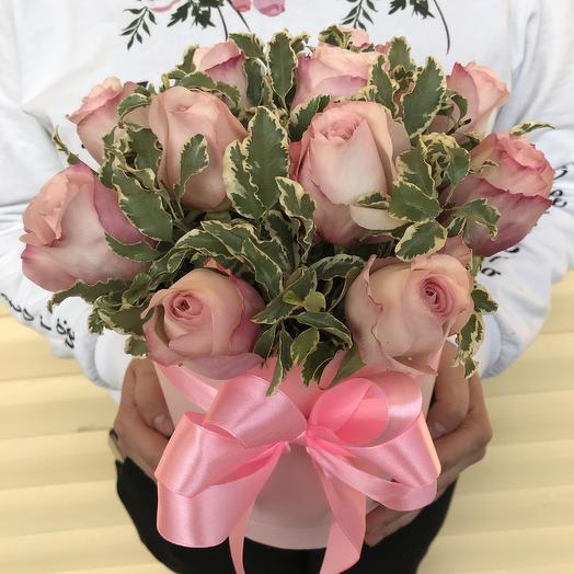 Коробочка из роз Девид Остина: букеты цветов на заказ Flowwow