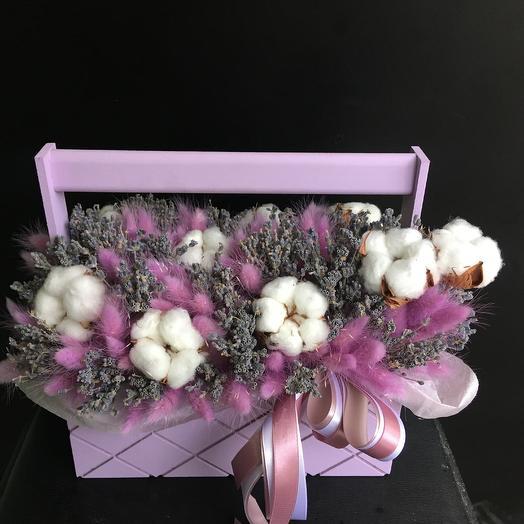 Сухоцветы в деревянном ящике: букеты цветов на заказ Flowwow