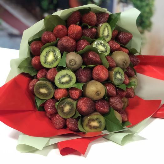 Букет клубничное счастье: букеты цветов на заказ Flowwow