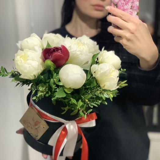 Композиция в коробке 5: букеты цветов на заказ Flowwow