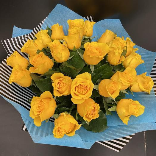 25 жёлтых роз: букеты цветов на заказ Flowwow