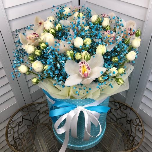Коробка с орхидей