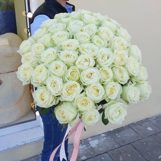 71 роза эквадор