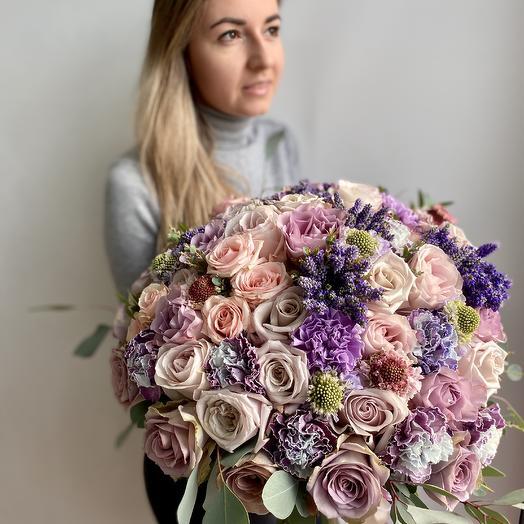Букет с розами Волшебство в руках