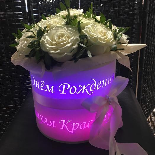 Цветы в коробке светящейся