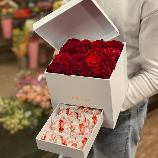 Розы + Раффаэло в коробке