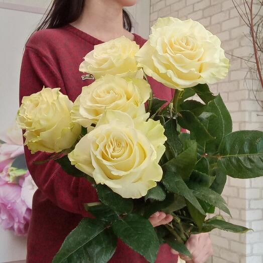 5 роз Мондиаль 70 см