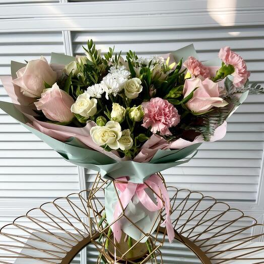 Букет с розами Вивальди