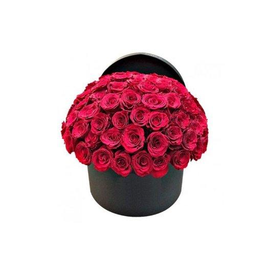 Букет в шляпной коробке Страсть: букеты цветов на заказ Flowwow