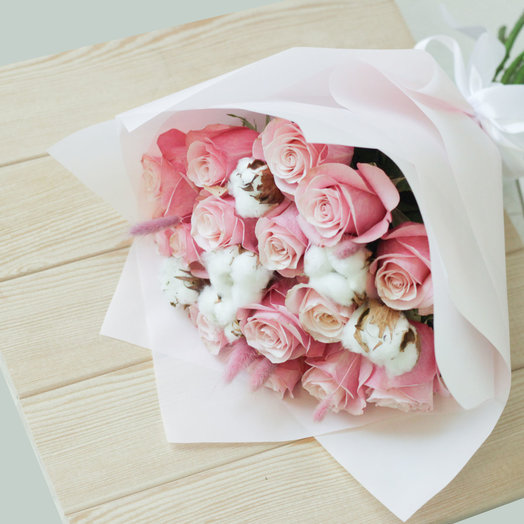Букет из роз с хлопком: букеты цветов на заказ Flowwow