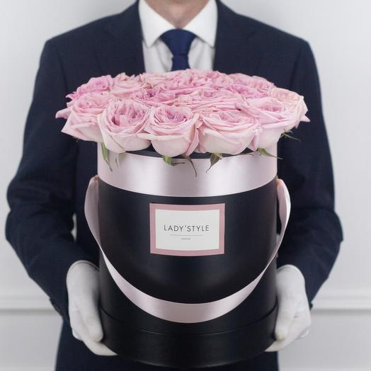 Ароматные эквадорские розы Pink O Hara в шляпной коробке L: букеты цветов на заказ Flowwow