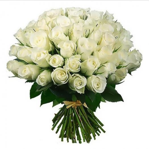 50 белых роз: букеты цветов на заказ Flowwow