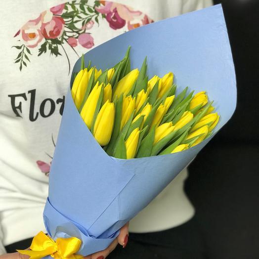 Букет из желтых тюльпанов N366: букеты цветов на заказ Flowwow
