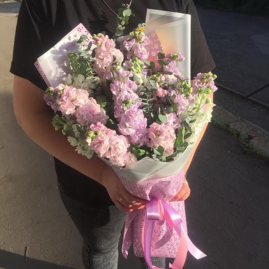 Букет из маттиолы микс: букеты цветов на заказ Flowwow