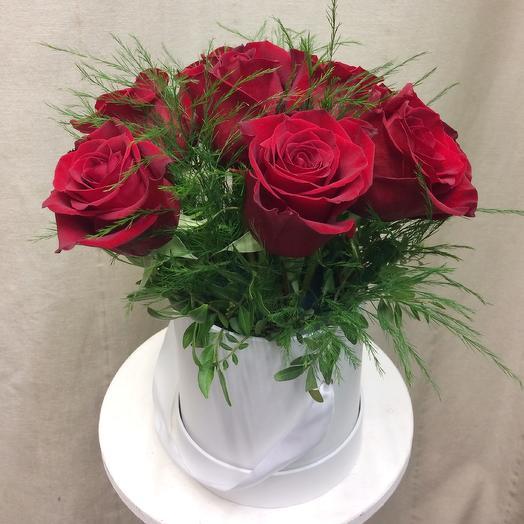 Розы в шляпной коробке  «три цвета любви»: букеты цветов на заказ Flowwow