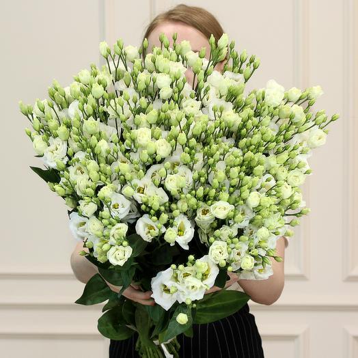 Букет из 51 лизиантуса: букеты цветов на заказ Flowwow