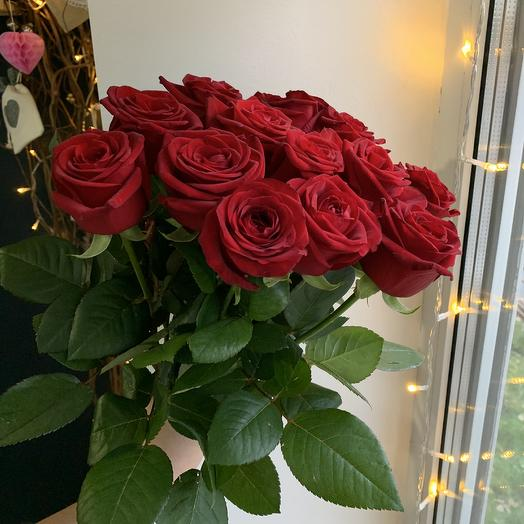Роза красная 15 шт: букеты цветов на заказ Flowwow