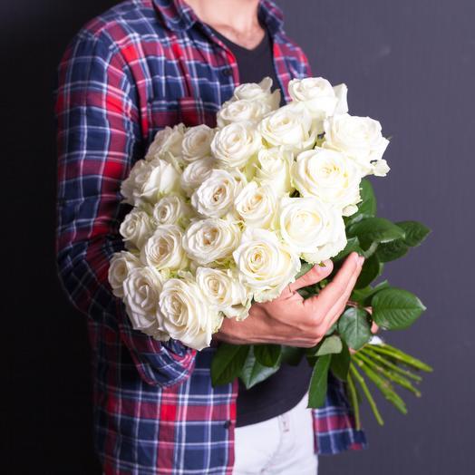 25 white roses 70 cm