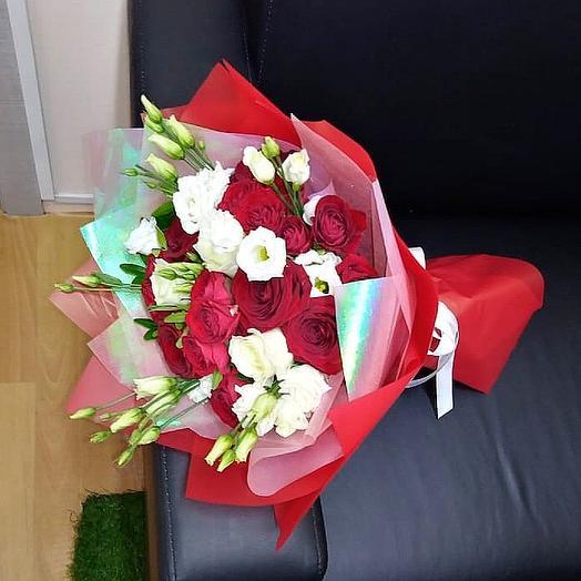 Микс из роз и Эустом: букеты цветов на заказ Flowwow