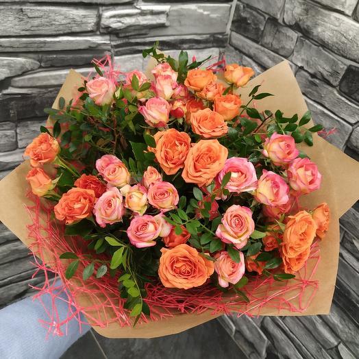 Букет ажурных кустовых роз 😍: букеты цветов на заказ Flowwow