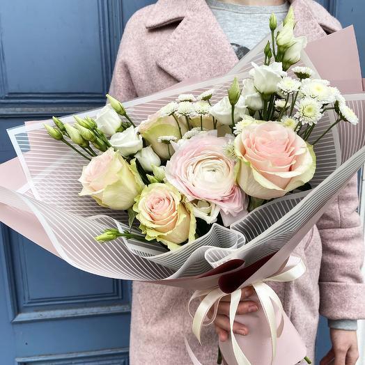 Нежный монохром: букеты цветов на заказ Flowwow