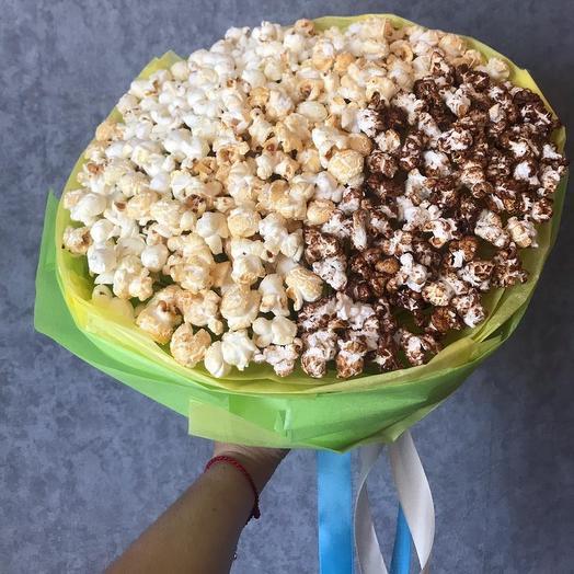 Пошли в кино: букеты цветов на заказ Flowwow
