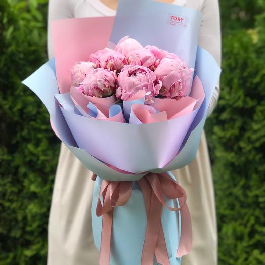 Букет 9 розовых пионов