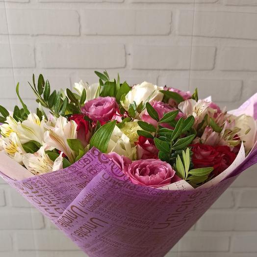 """Нежный букет из роз """"Приятный сюрприз"""""""