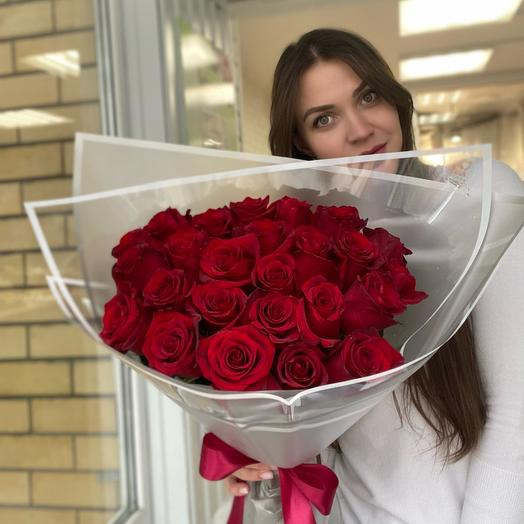 25 шикарных роз
