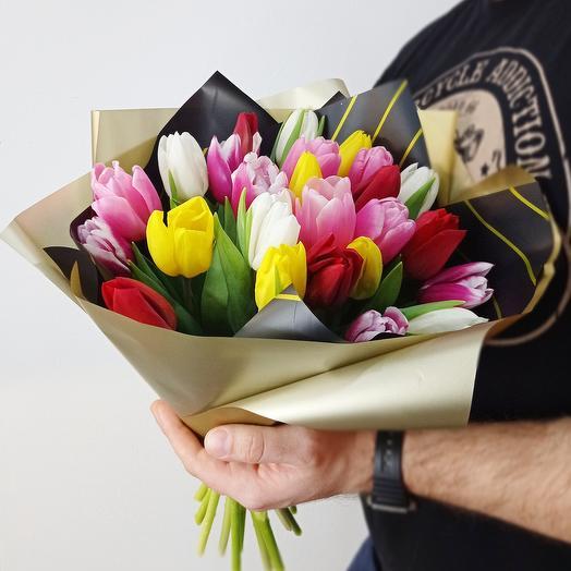 25 крупных тюльпана