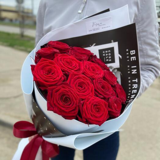Букет ароматных роз 19 шт