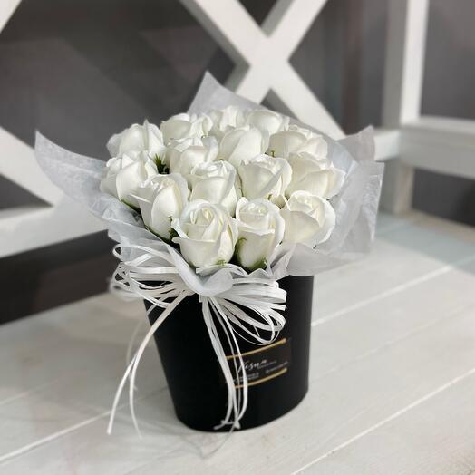 Коробочка с розами из мыла