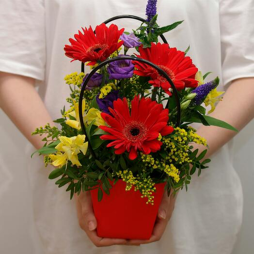 Цветы в кашпо Щедрые дары