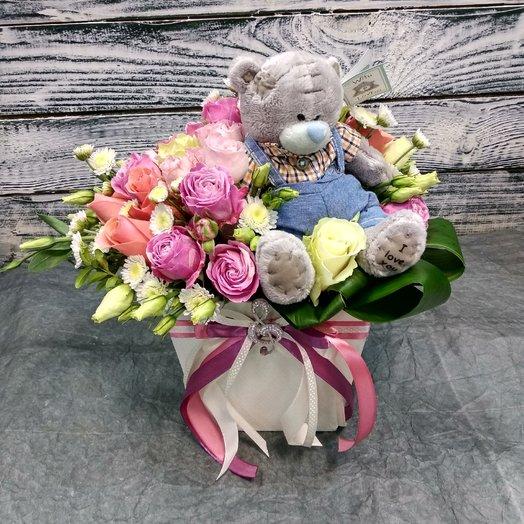 Мишка в цветах