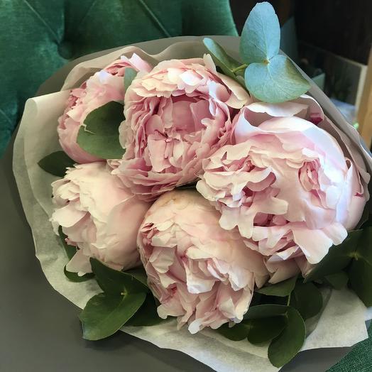 Пионовый шарм: букеты цветов на заказ Flowwow