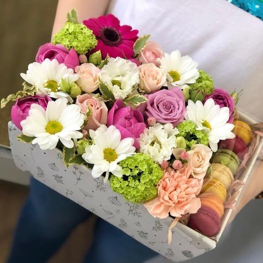 Макаронс и цветы: букеты цветов на заказ Flowwow