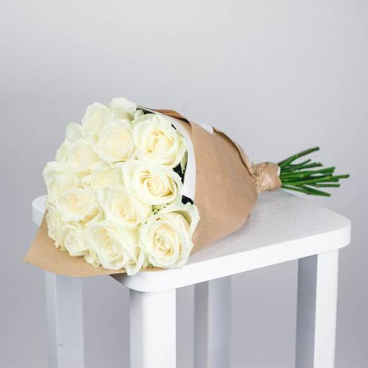 Bouquet of delicate white roses: flowers to order Flowwow