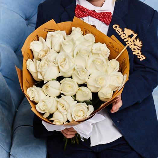 Букет «Здравствуй школа» 25 Белых роз: букеты цветов на заказ Flowwow