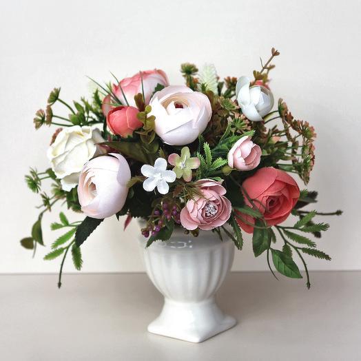 Композиция из искусственных цветов 400674: букеты цветов на заказ Flowwow