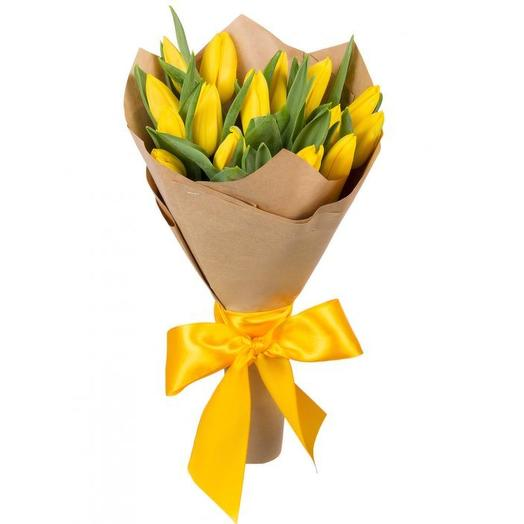 Букет желтых тюльпанов: букеты цветов на заказ Flowwow