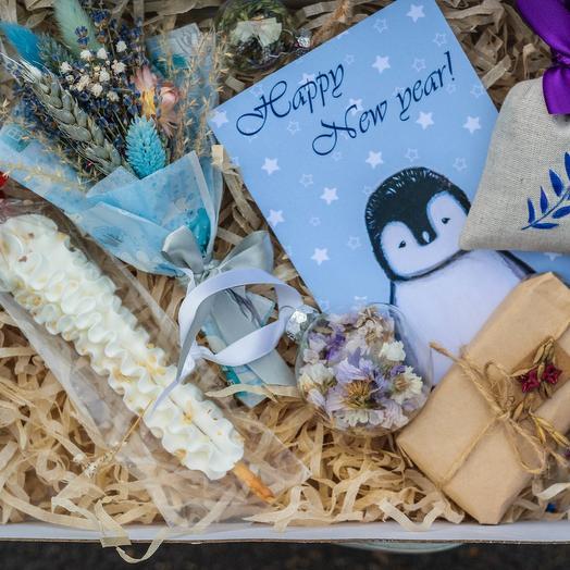 Набор для Снегурочки Серебро: букеты цветов на заказ Flowwow