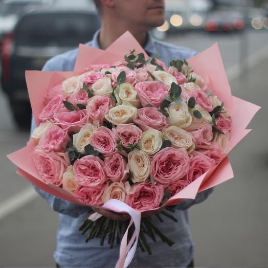 51 пионовидная ароматная роза