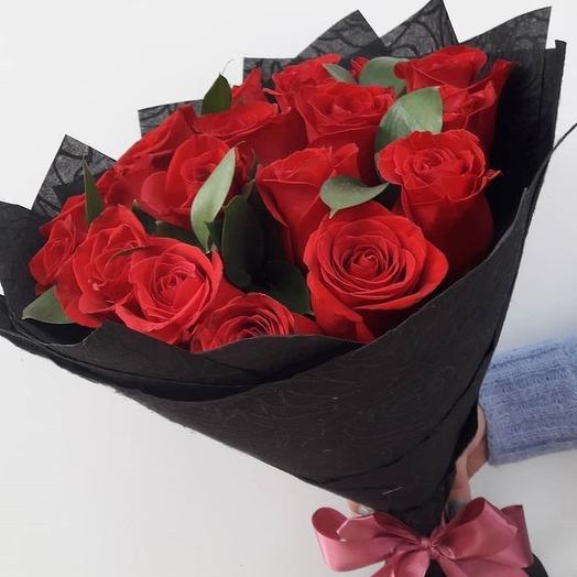 17 роз Эквадор в упаковке