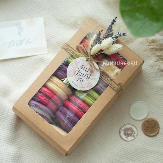 Коробочка с макарунами «Приятный сюрприз» 14 шт: букеты цветов на заказ Flowwow