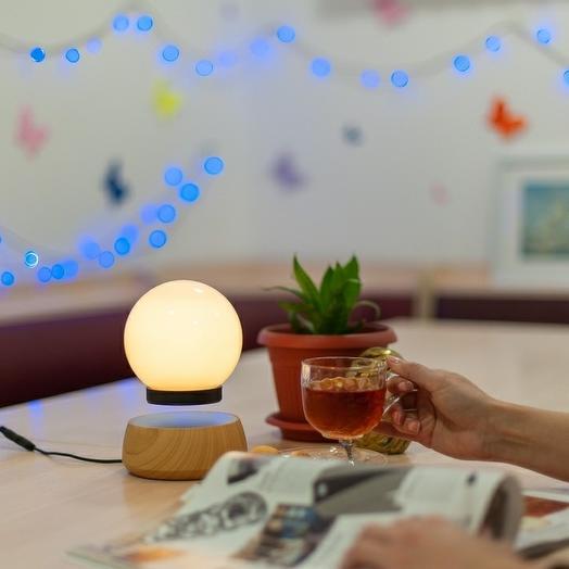 Левитирующая лампа-ночник